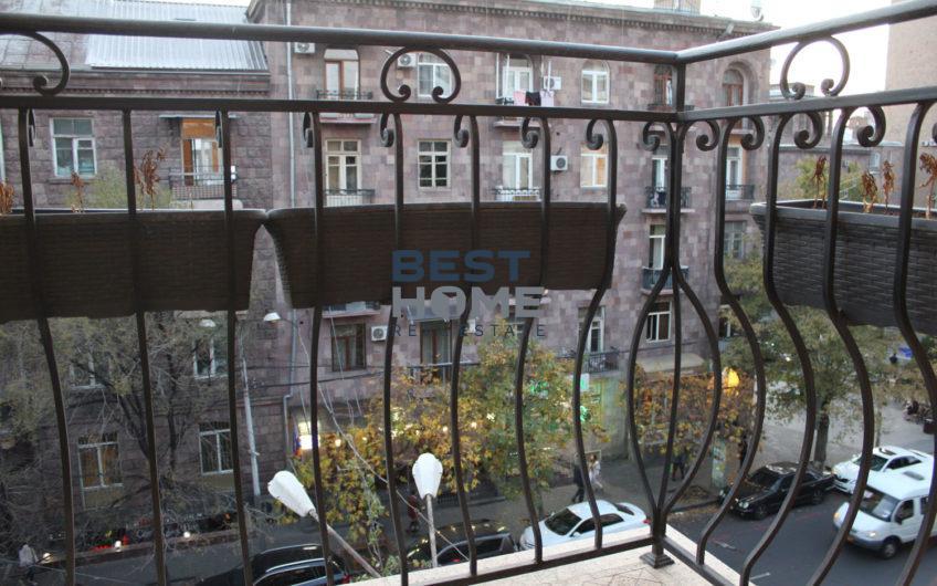 Солнечная квартира после ремонта на Хоренаци