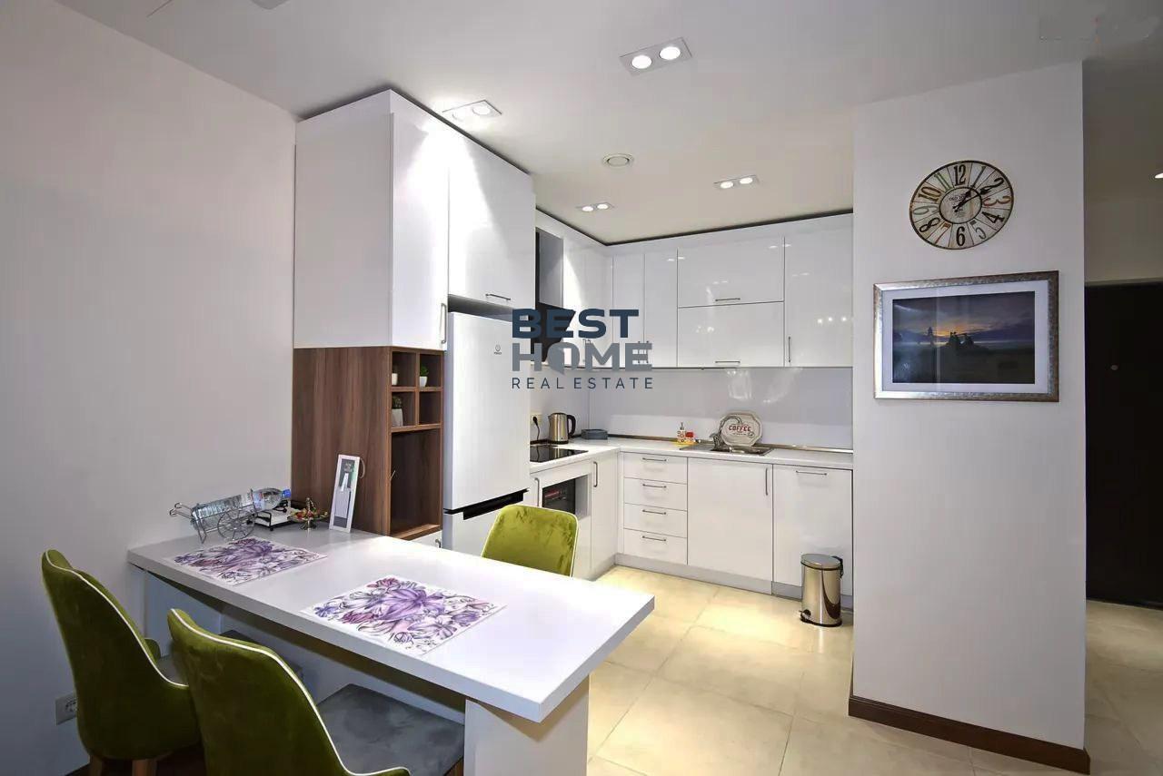 Купить или снять квартиру в Ереване в новостройке, малый центр столицы. Самые лучшие новостройки на улице Арама, Бузанда и Северный проспект.