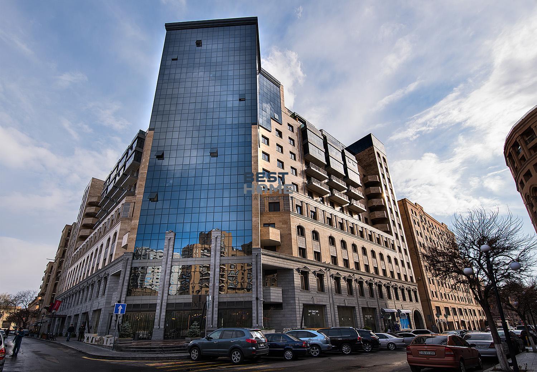 Купить квартиру на улице Бузанда в малом центре Еревана в новостройке. Недвижимость в Армении, лучшие предложения рынка! Продажа и аренда.